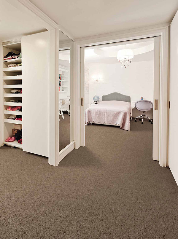 Storage space for a Small Bedroom
